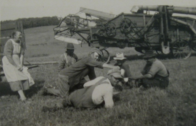 Threshing season lunch time 1940 copy