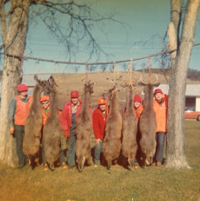 Deer hunt Fitch Coulee 1974